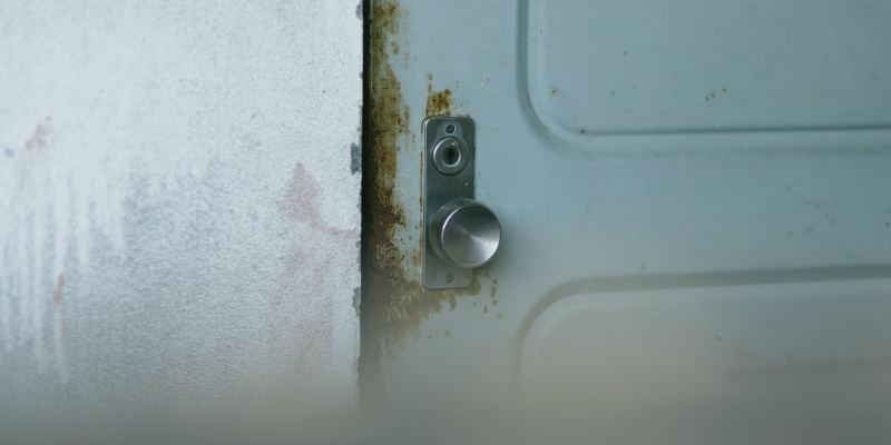 賃貸マンションのドア